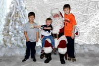Pictures-with-Santa-Photo-Booth-IMG_0017